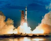 saturn-v-first-launch